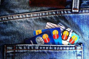 Karty kredytowe w kieszeni